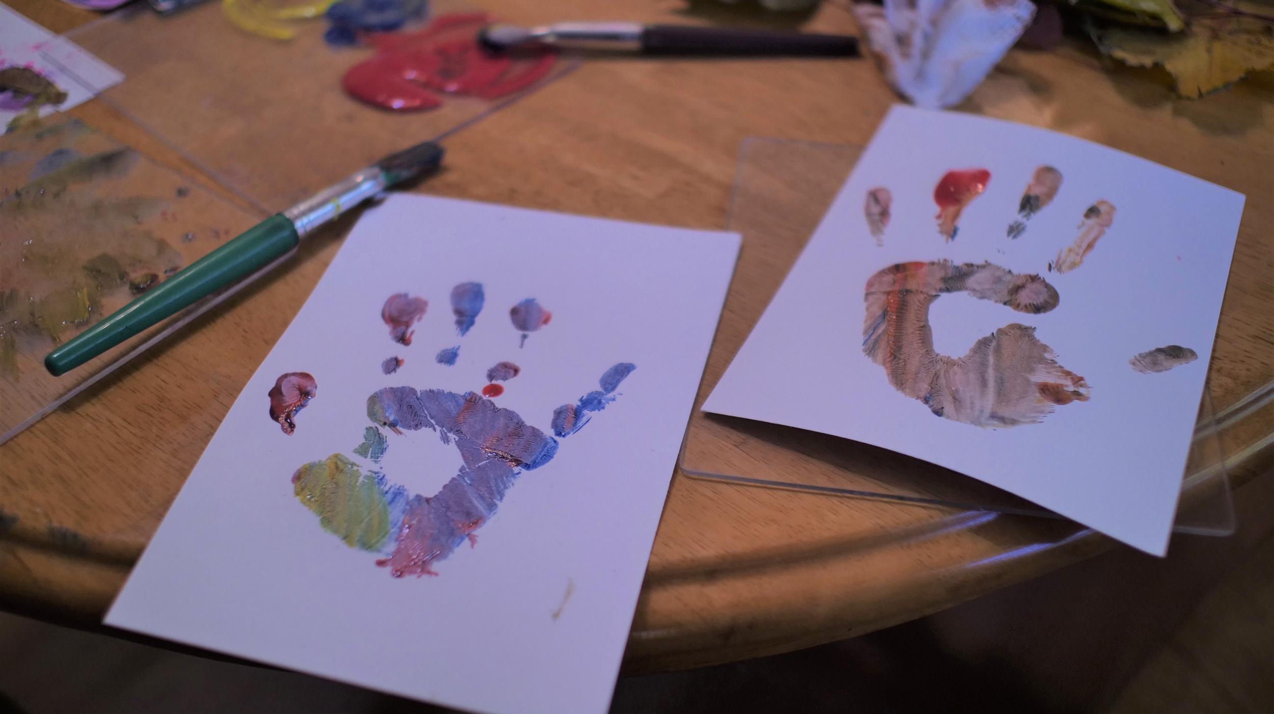painted-handprints